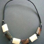 Bone Bead Short Necklace – Brown/Cream NBC1