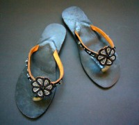 Kenyan Leather & Bead Flip Flop Sandals – Black, Silver & Navy, Size 40 MBS1
