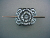 Beaded Hairclip – Black and Pewter HCLIPB8